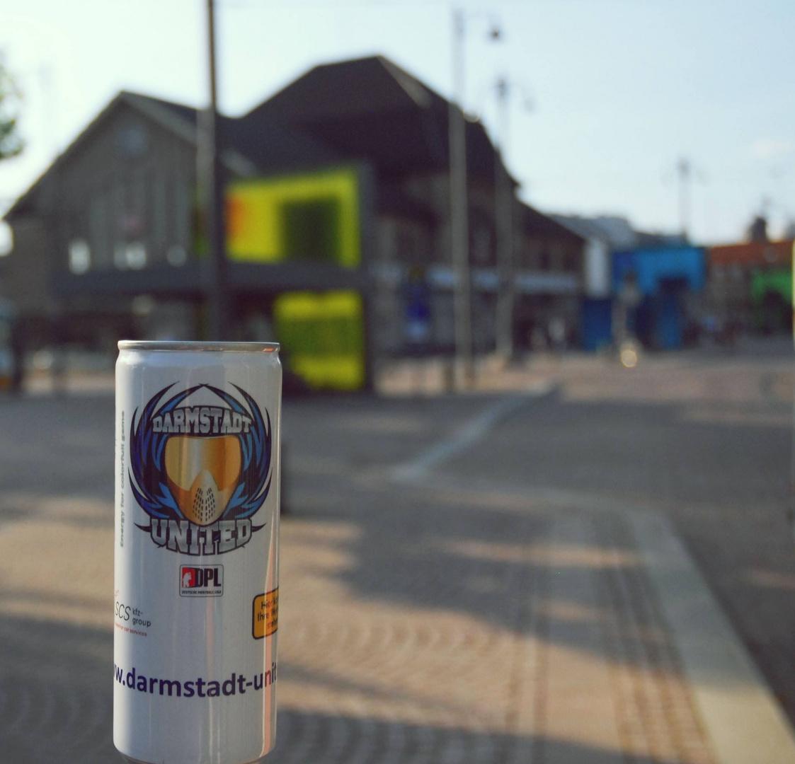Eine kleine Dose erkundet Darmstadt