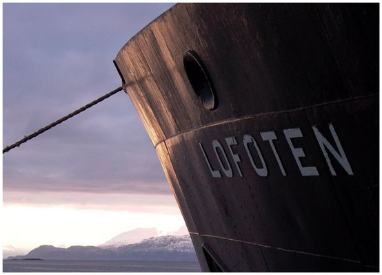 Eine Legende im Hafen von Harstad