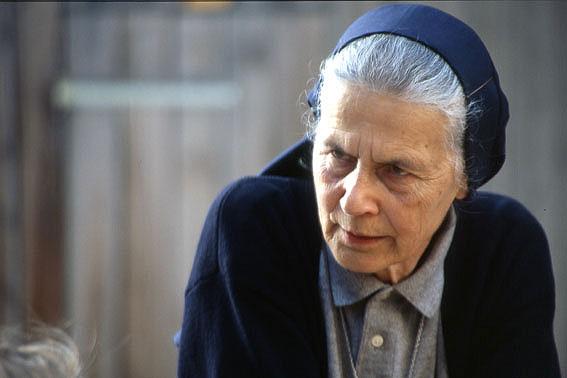 eine nonne