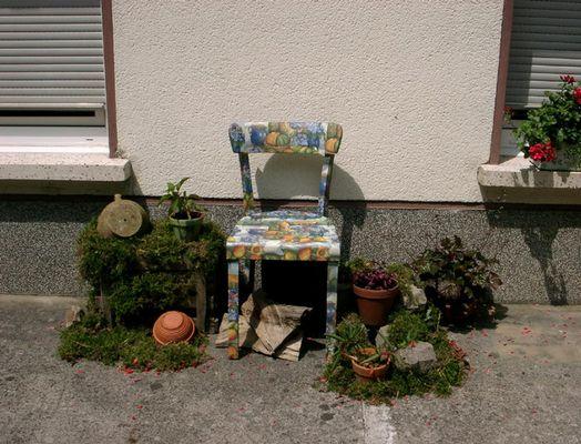 Eine Pracht von Stuhl !!