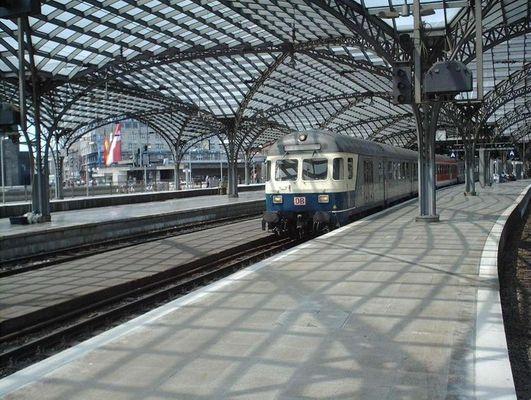 Eine RegionalBahn in Köln Hbf