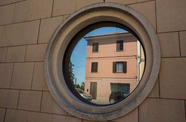 Runde Fenster runde fenster fotos bilder auf fotocommunity