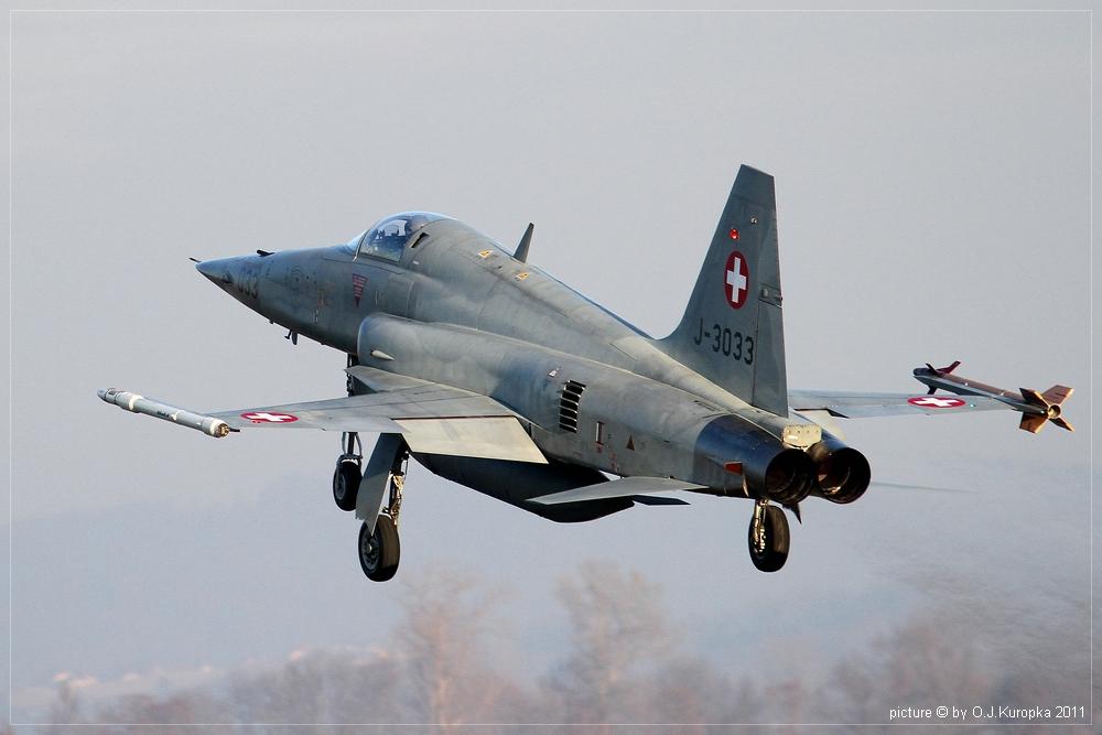 eine Schweizer F-5E Tiger II @ WEF 2011