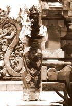 Eine Tänzerin auf Bali 11/99 (eingescannt)