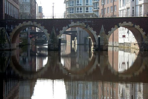 Eine von vielen Brücken