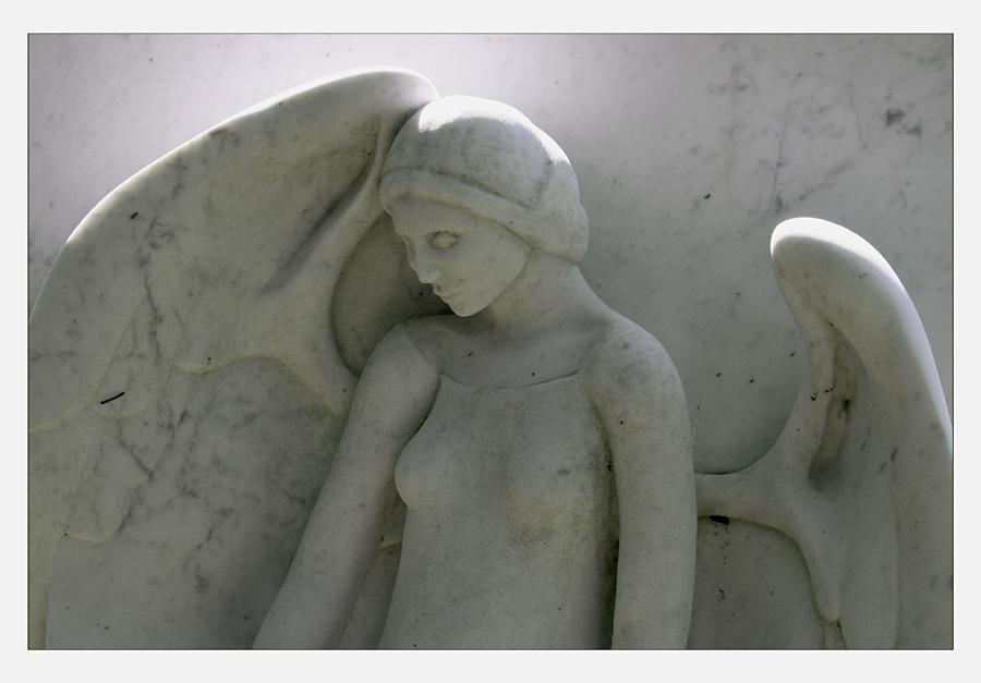. . . einen engel send ich dir . . .