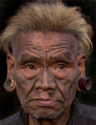 Einer der letzten Kopfjäger im Nagaland