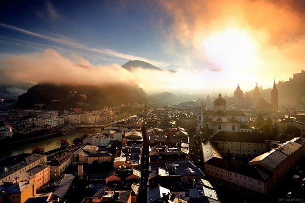 """""""Eines Morgens in der Stadt"""" (Salzburg)"""