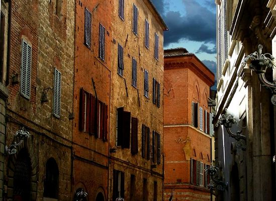 einfach eine Gasse in Siena