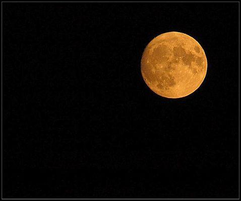 einfach nur der Mond