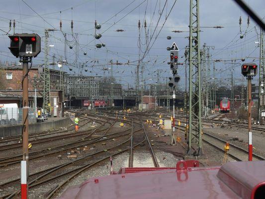 Einfahrt Münster Hbf mit Motorhaube
