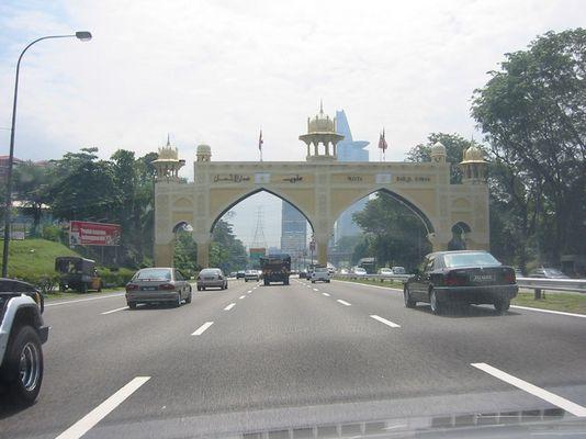 Einfahrt nach Kuala Lumpur