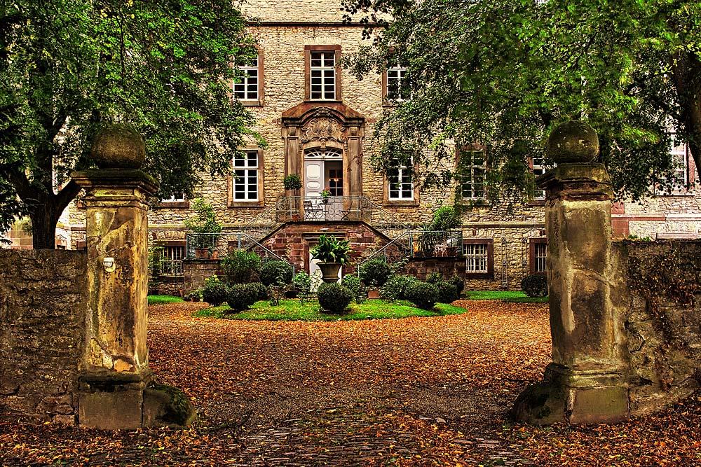 Eingang Schloß Welda bei Warburg
