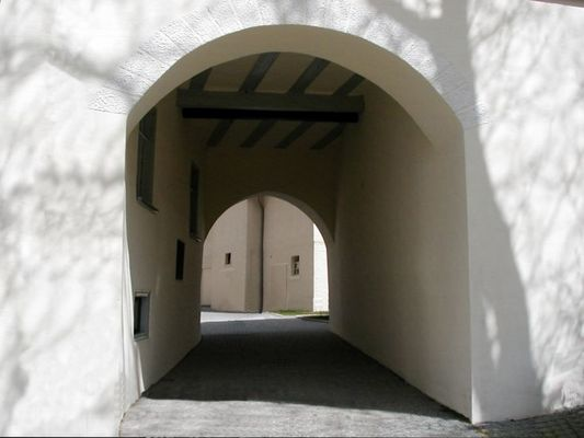 Eingang zum Kloster Herbrechtingen