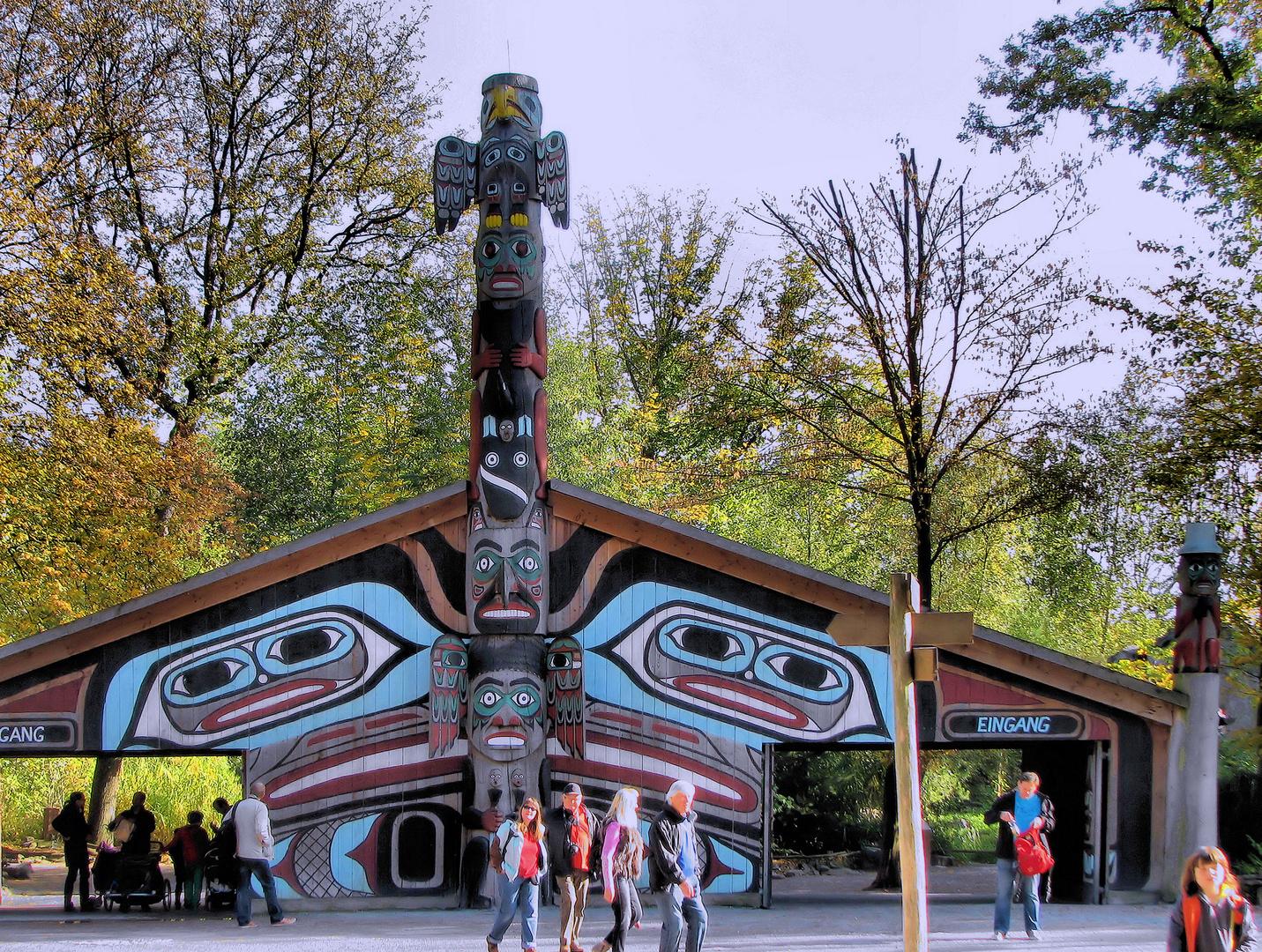 Eingang zum Zoo in Gelsenkirchen