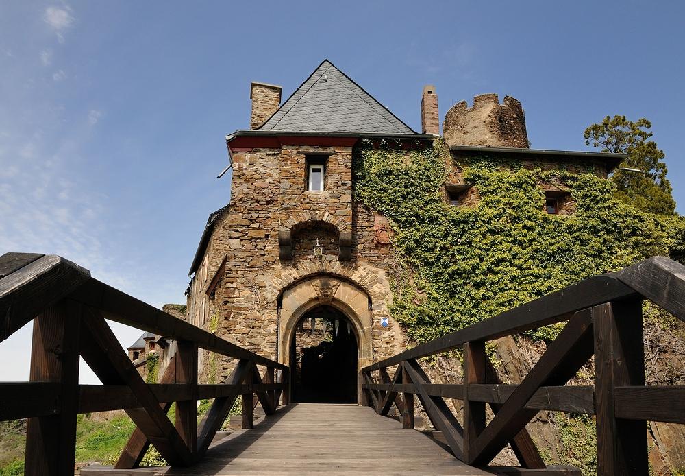 Eingang zur Burg Thurant