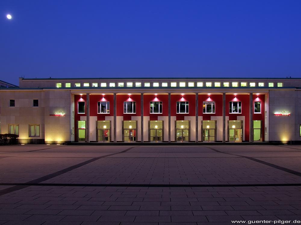 Eingang zur Philharmonie / Saalbau in Essen