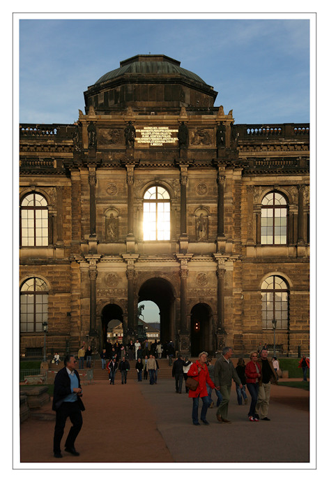 Eingang Zwinger
