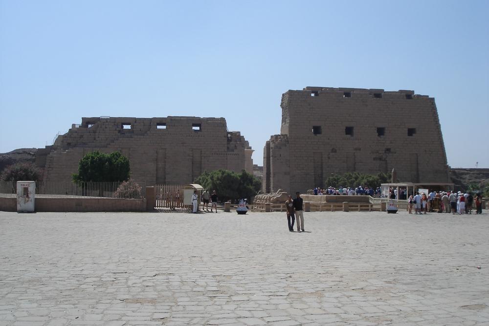 Eingangsbereich des Tempels von Karnak