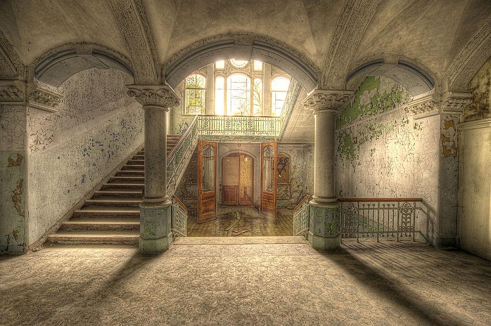 Eingangshalle des Männersanatoriums in Beelitz