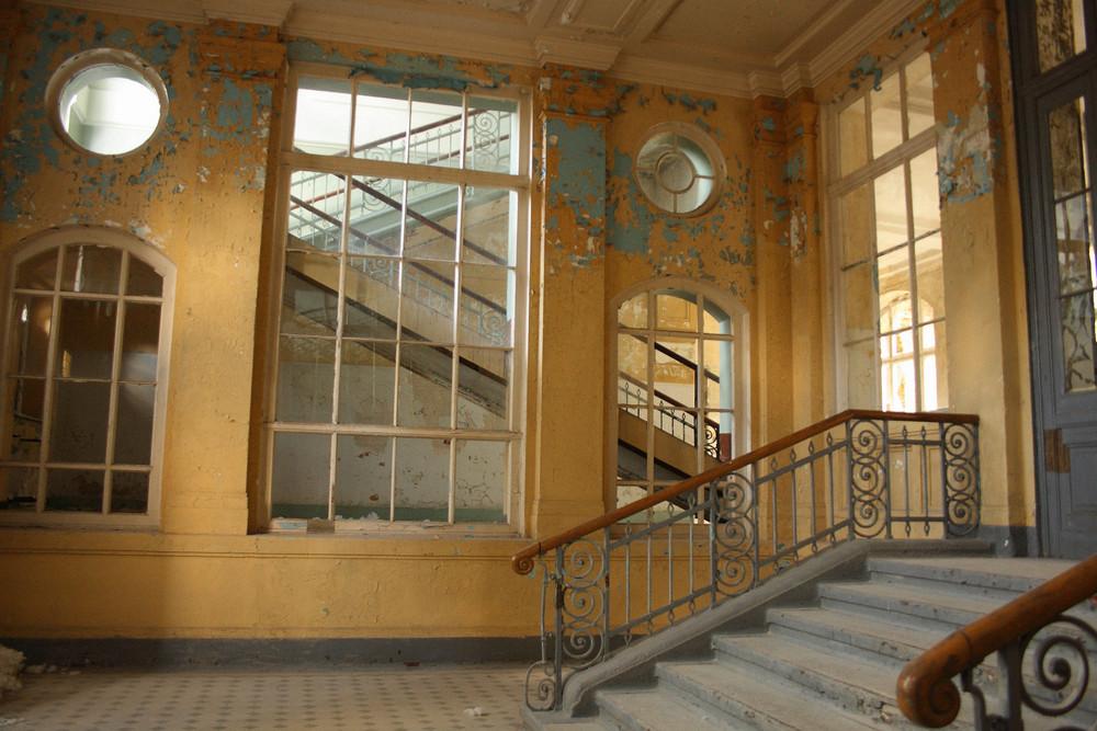 Eingangshalle im Badehaus Beelitz
