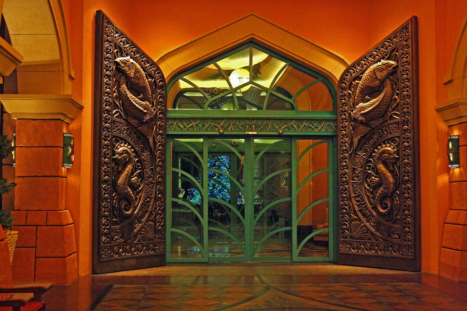 Eingangsportal Atlantis de Palm