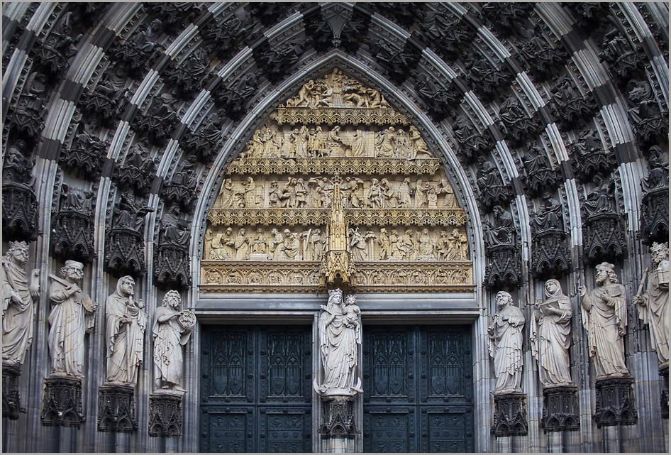 Eingangsportal....