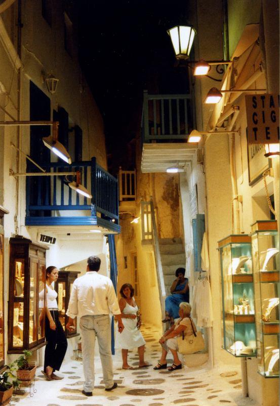 Einkaufspassage auf Mykonos