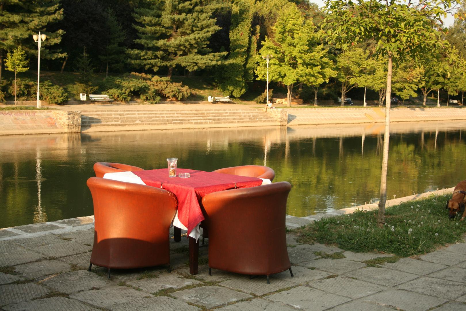 Einladung zum Kaffee... zum Fluß