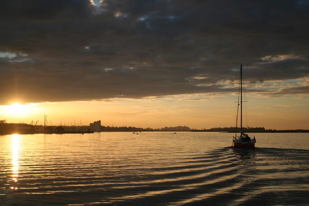 Einlaufen in Heiligenhafen