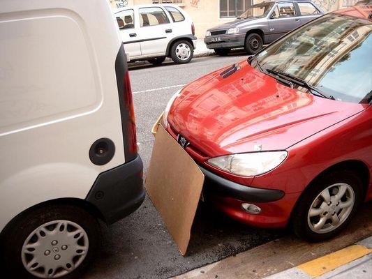 Einparkprobleme bei Frauen? Hier eine Lösung! (Serie NIZZA)
