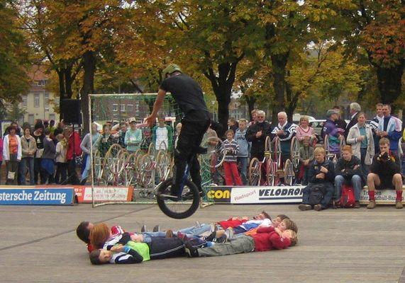 Einrad-Akrobatik