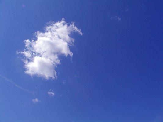 Einsame Wolke