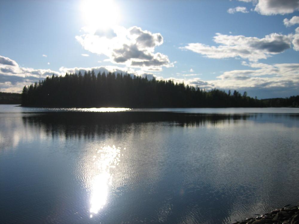 Einsamer See in Schweden/Grenze zu Norwegen