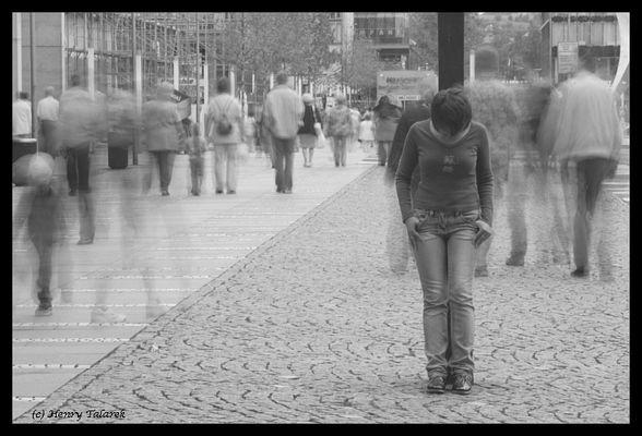 Einsamkeit und der Rest der Welt