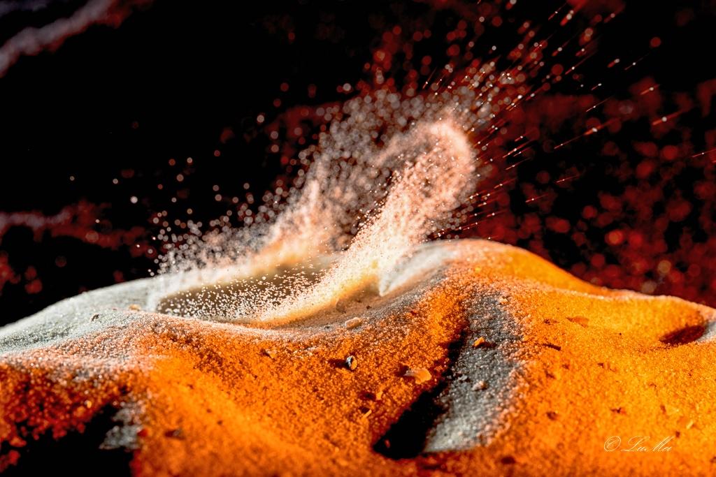 Einschlag im Sand