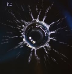 Einschlag in die Oberfläche