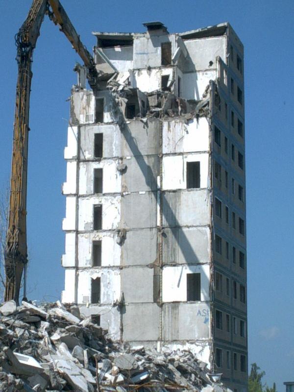 Einstürzende Neubauten