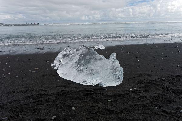 Eis auf Lava