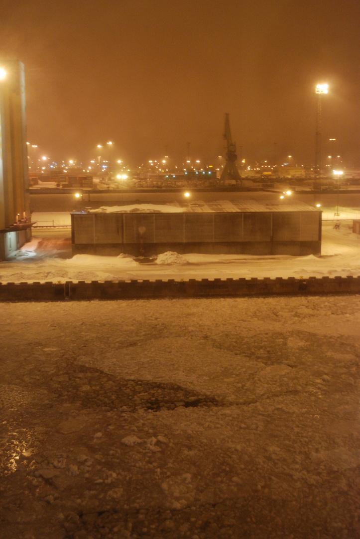 Eis auf Malmös Hafen