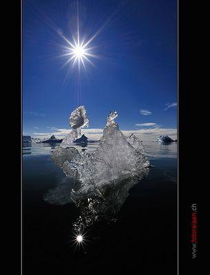 Eisberg im Gegenlicht
