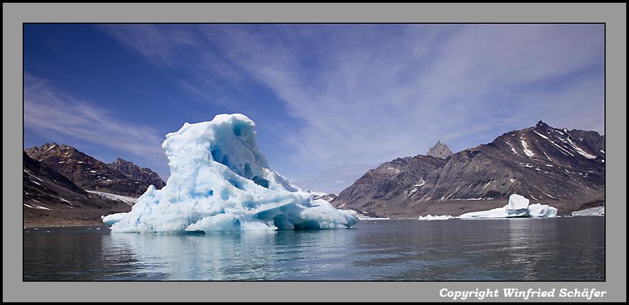 Eisberg im Sermiligâq-Fjord, Ostgrönland