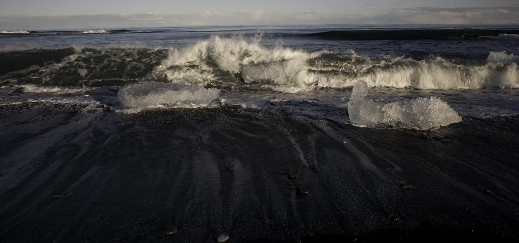 Eisblöcke am Strand