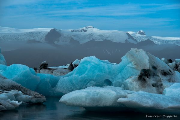 Eisblöcke in der Gletscherlagune (1)