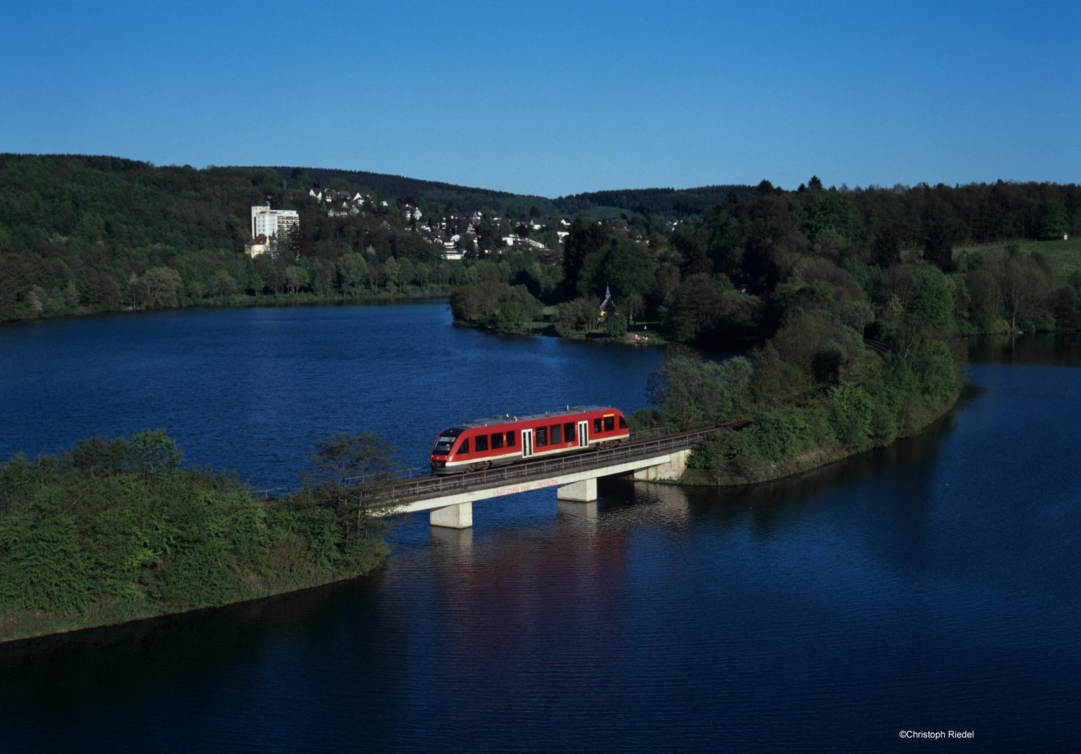 Eisenbahn am Biggesee