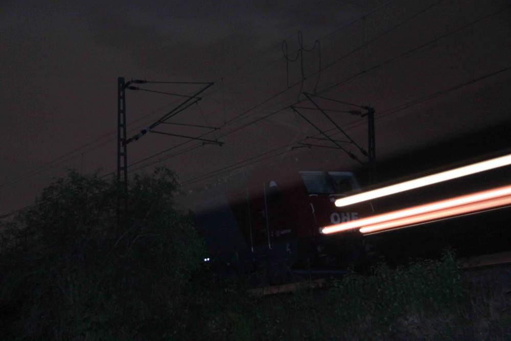 Eisenbahn ... nachts ...
