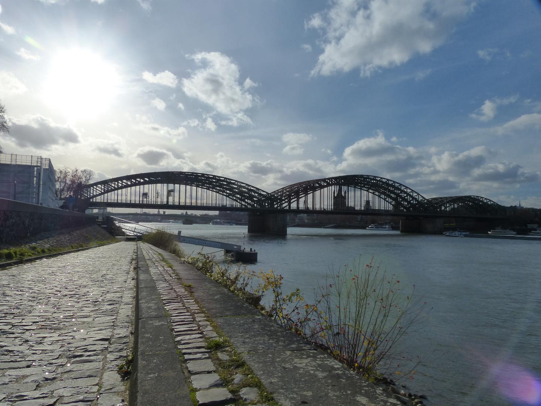Eisenbahnbrücke in Köln