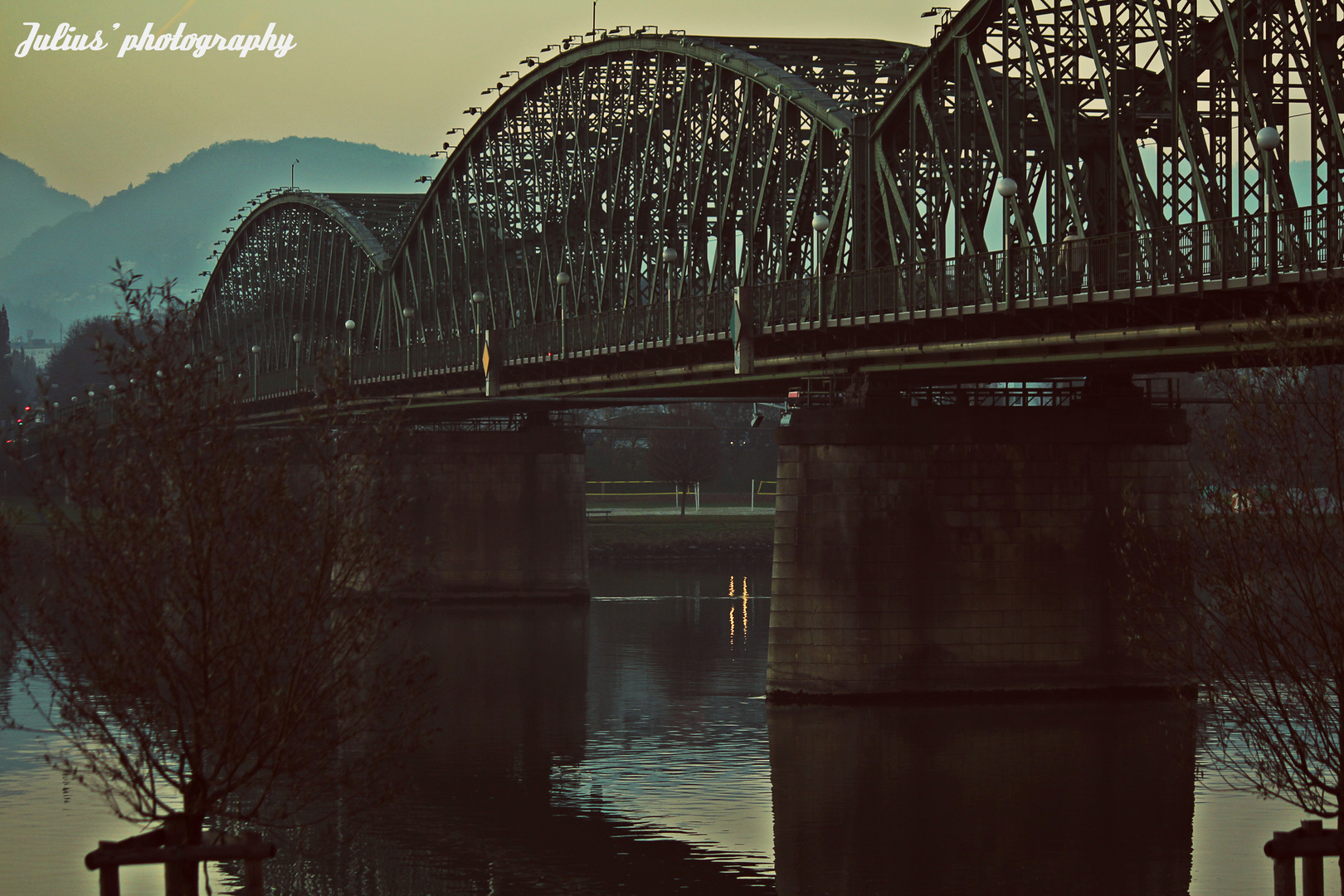 Eisenbahnbrücke - Linz