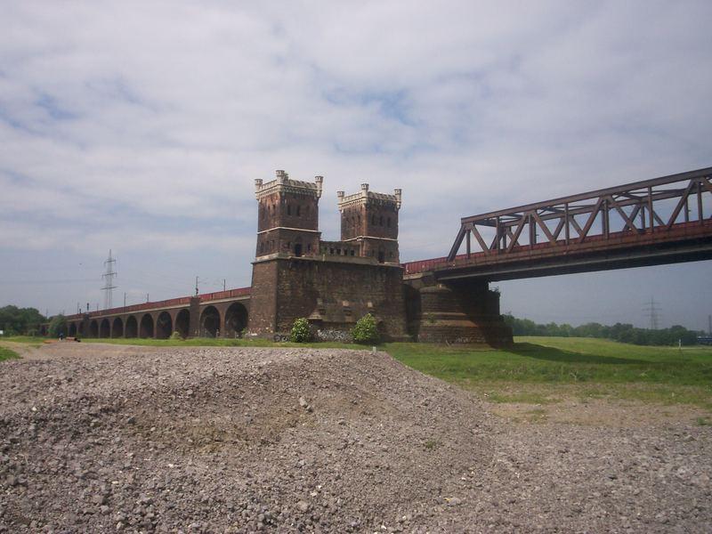 Eisenbahnbrücke Rheinhausen 5