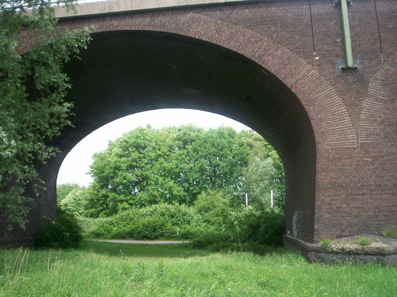 Eisenbahnbrücke Rheinhausen